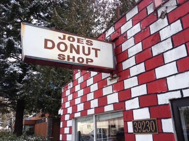 Joe's Donuts