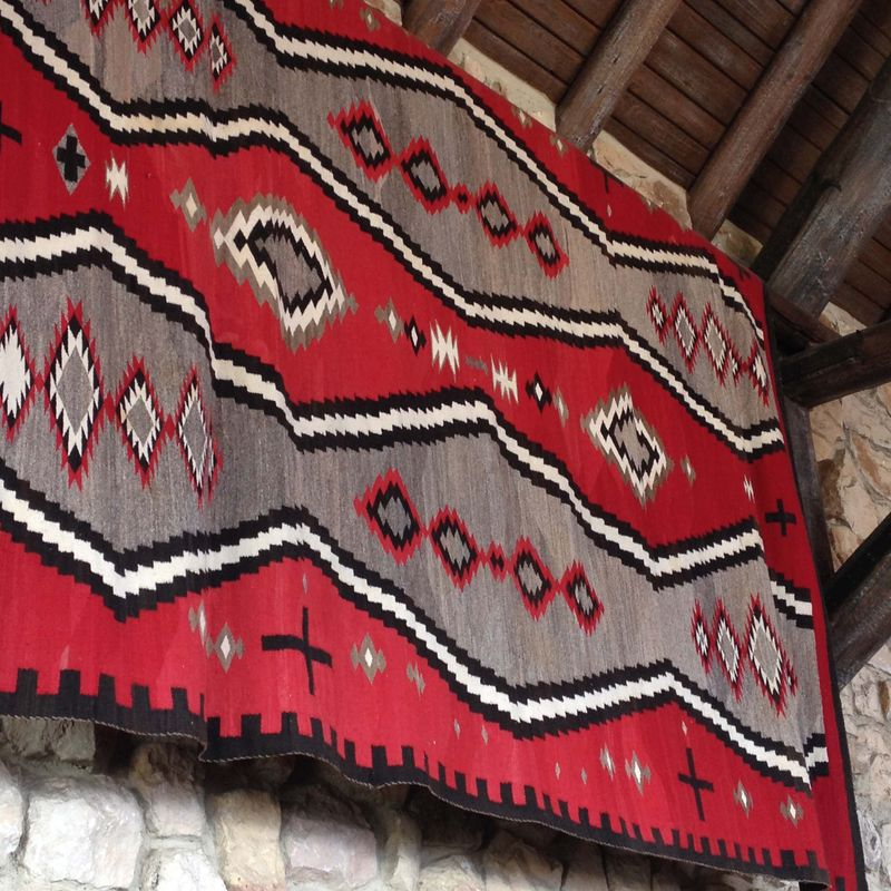 SO20 Navahjo Blanket